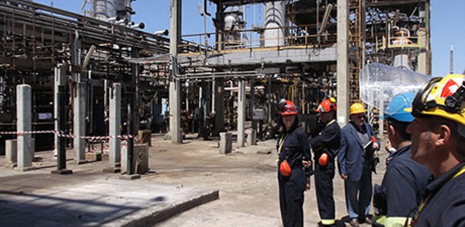 Partita dalla bioraffineria di Gela la prima nave di biodiesel, con il suo carico è diretta in Francia