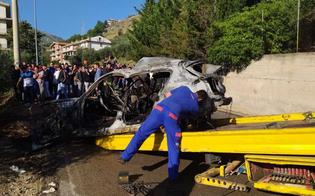 http://www.seguonews.it/incidente-mortale-a-misilmeri-due-minorenni-morti-bruciati-lauto-si-e-incendiata
