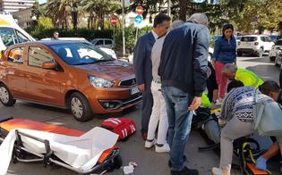 http://www.seguonews.it/caltanissetta-pedone-travolto-da-unauto-in-viale-della-regione-trasportato-in-codire-rosso-allospedale