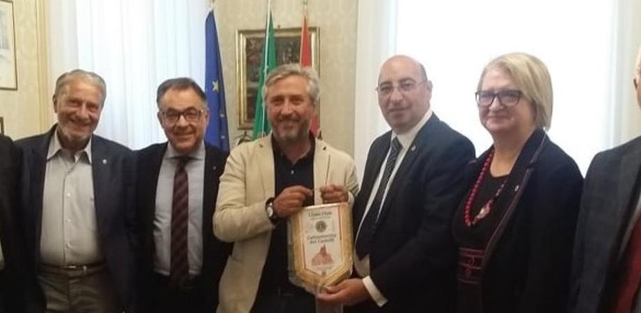 Il Lions Club Caltanissetta dei Castelli incontra il sindaco: ad aprile la città ospiterà oltre mille soci provenienti da tutta la Sicilia