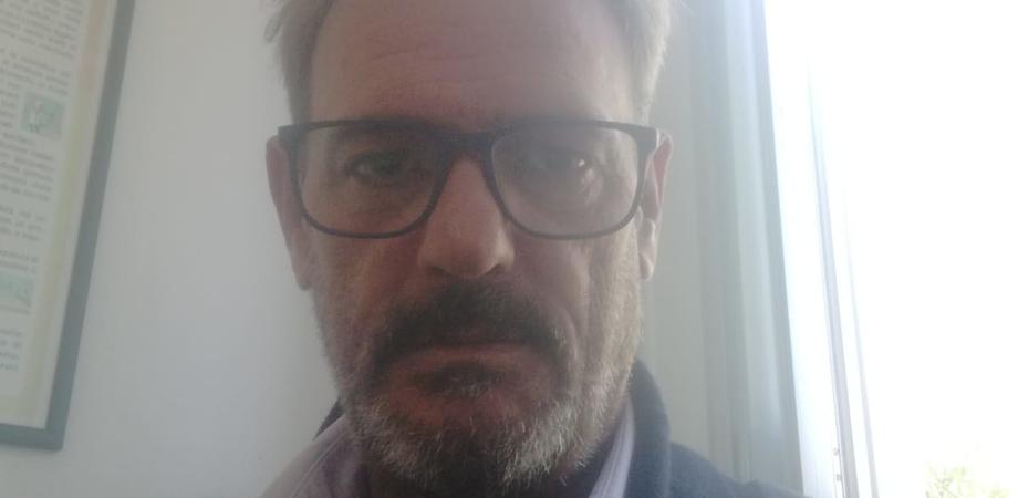 """Donna di Mazzarino offende poliziotti uccisi a Trieste, il presidente dell'ordine degli infermieri precisa: """"Mai iscritta all'ordine"""""""