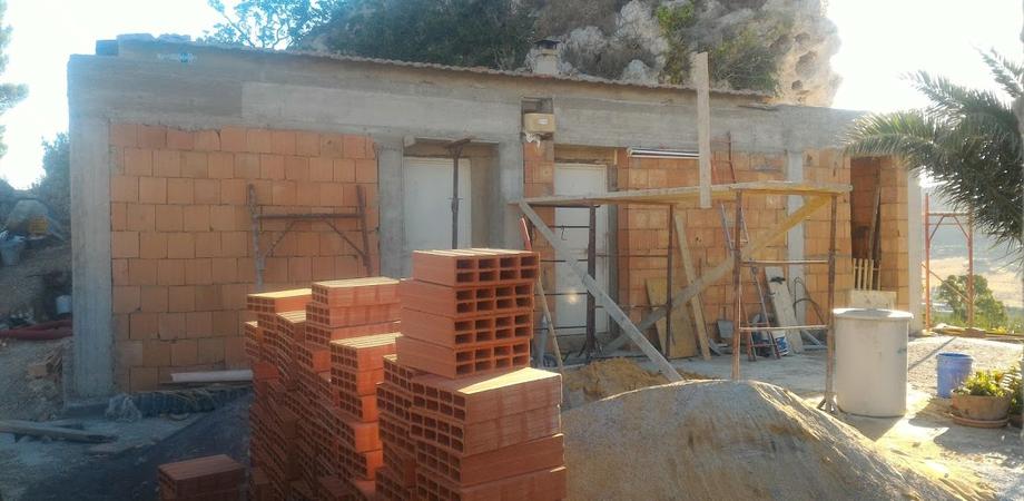 San Cataldo, coppia di coniugi denunciata per abusivismo edilizio dal Wwf