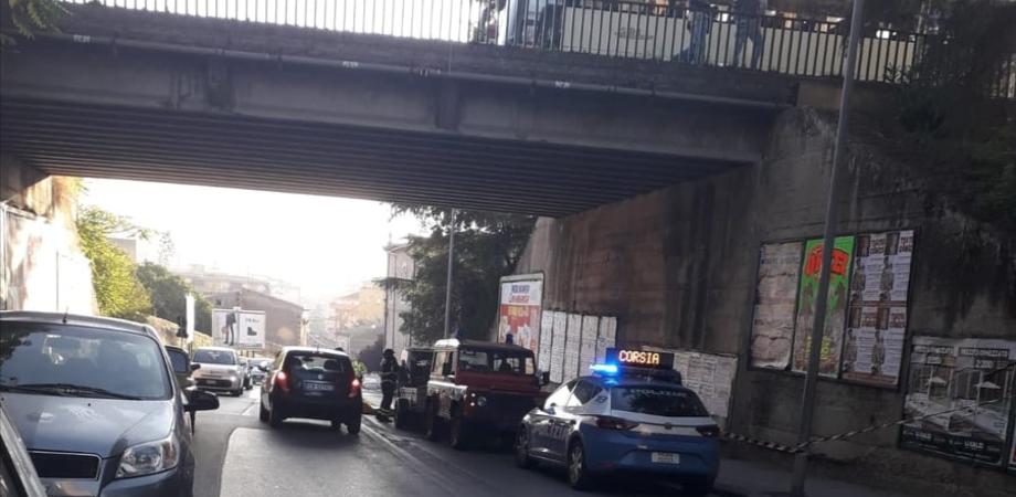 Caltanissetta, operaio minaccia di lanciarsi dal ponte di San Michele: sul posto forze dell'ordine