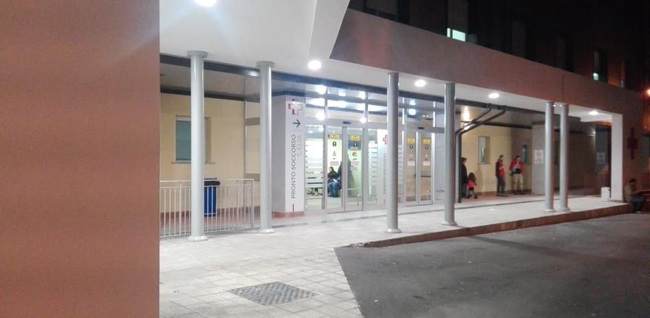 Caltanissetta, bimba di 5 anni arriva al pronto soccorso ma fa fatica a respirare: trasferita a Palermo