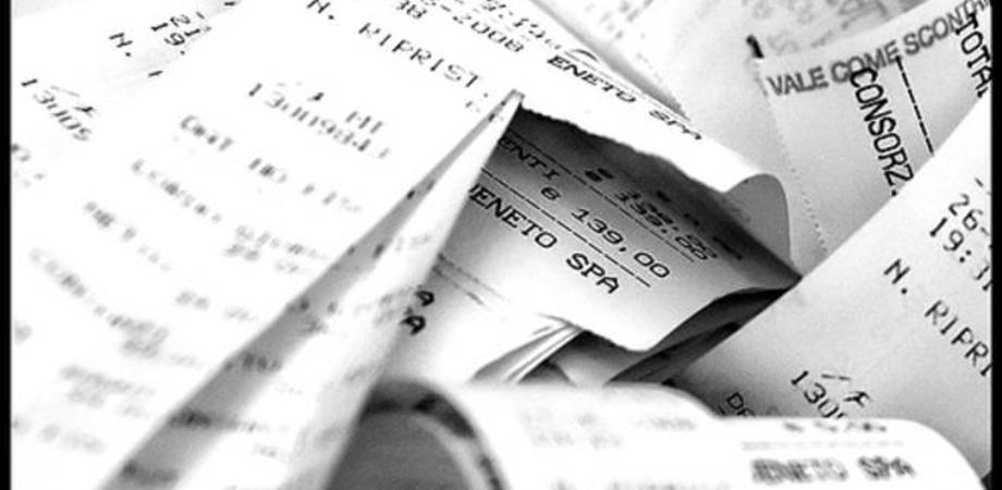 Arriva la lotteria degli scontrini per combattere l'evasione. Ci saranno estrazioni mensili da 10mila euro