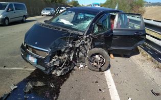 Caltanissetta, scontro tra due auto sulla Ss 640 Dir: sei persone trasportate in ospedale