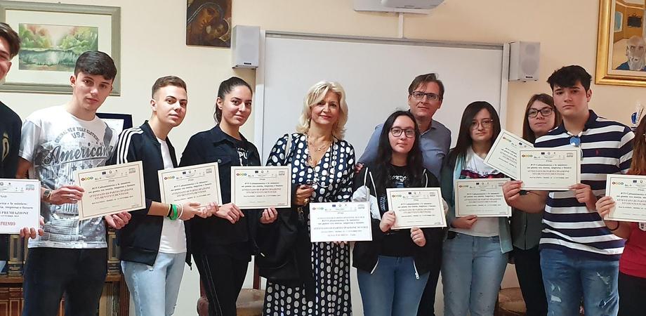 """""""Caltanissetta e le miniere"""", studente gelese conquista il primo posto in una gara svoltasi al """"R.Settimo"""""""