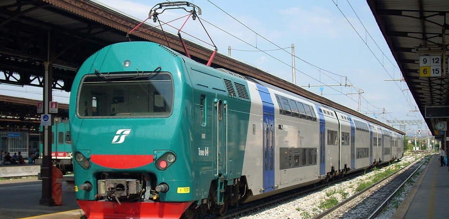 Viabilità, cinque ore in treno da Gela a Catania: bisogna fare scalo a Caltanissetta o Siracusa