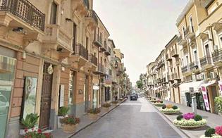 http://www.seguonews.it/negozi-vuoti-e-saracinesche-abbassate-i-commercianti-del-centro-storico-di-gela-si-riuniscono-in-comitato