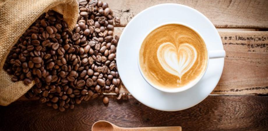 Buone notizie per gli amanti del caffè: gli scienziati hanno scoperto i suoi benefici nella lotta contro il cancro