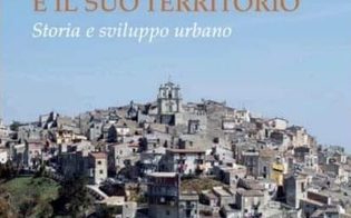 http://www.seguonews.it/la-chiesa-madre-di-mussomeli-ed-il-suo-territorio-canalella-presenta-il-suo-libro-