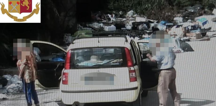 Gela, telecamere contro l'abbandono dei rifiuti: 23 persone identificate dalla polizia. Sanzioni per 14 mila euro