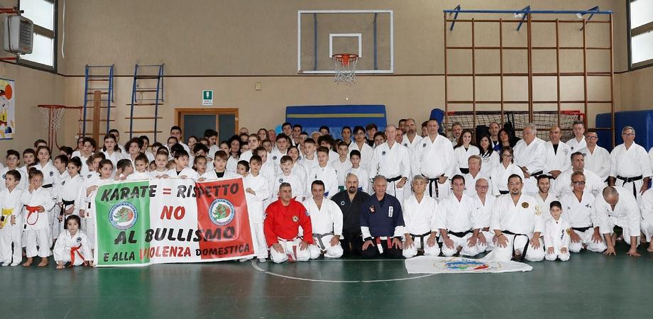 Arti Marziali, oltre 250 atleti a Caltanissetta. L'evento è stato organizzato dal maestro Torregrossa