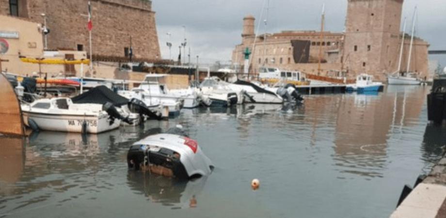 Segue il Gps e finisce in mare. Incidente causato anche dalla scarsa visibilità perchè pioveva