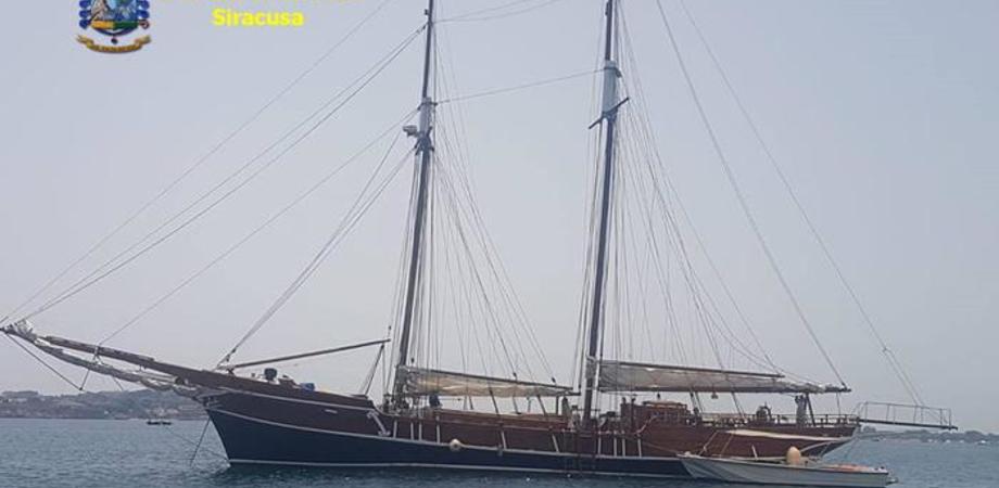 Yacht di lusso immatricolati all'estero per sfuggire al fisco: scoperti in Sicilia 12 casi