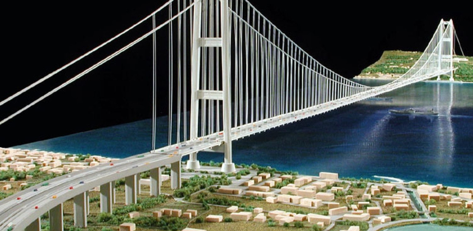 """Caltanissetta. I Circoli della Società Civile: """"Alitalia sperpera 9 miliardi, costruire il ponte sullo Stretto costerebbe 3.5 miliardi"""""""