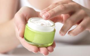 http://www.seguonews.it/crema-idratante-per-bambini-contaminata-da-batteri-il-prodotto-e-in-vendita-anche-in-italia-e-on-line