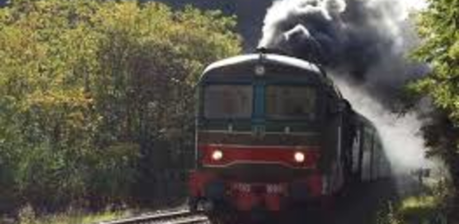 Caltanissetta, torna il treno storico: l'8 dicembre farà tappa a Modica per partecipare alla festa del cioccolato