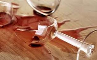 http://www.seguonews.it/caltanissetta-ubriaco-entra-in-un-bar-aggredisce-i-titolari-e-danneggia-piatti-bicchieri-e-bancone