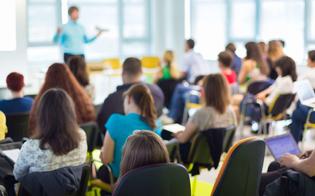 http://www.seguonews.it/lavoro-in-sicilia-pubblicato-il-bando-per-la-formazione-nelle-aziende-i-requisiti