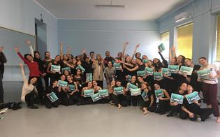 http://www.seguonews.it/caltanissetta-stage-per-alcuni-studenti-del-ruggero-settimo-danza-contemporanea-con-la-compagnia-zappala