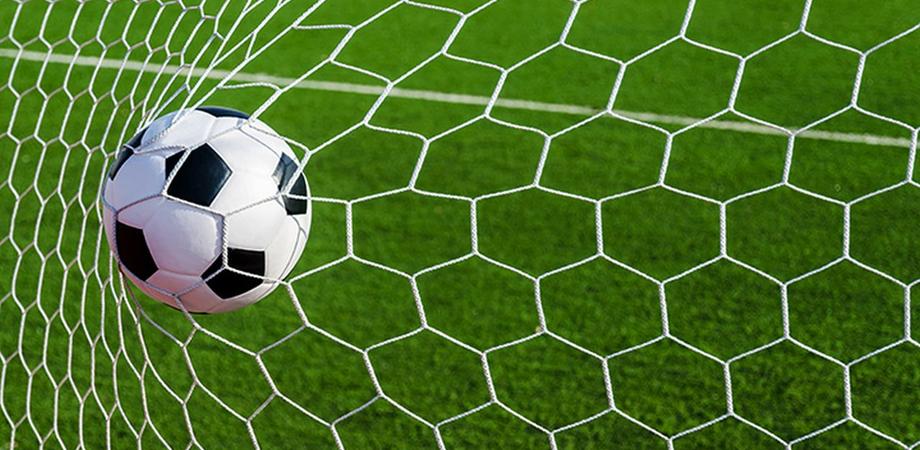Scommettitore seriale catanese minacciava di morte i calciatori: denunciato