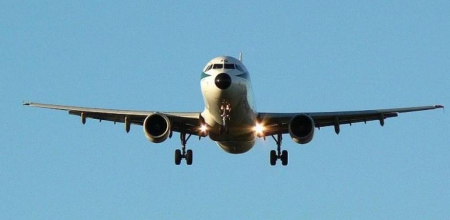 Caro voli in Sicilia, sconti del 30% per redditi bassi: ecco a chi spettano