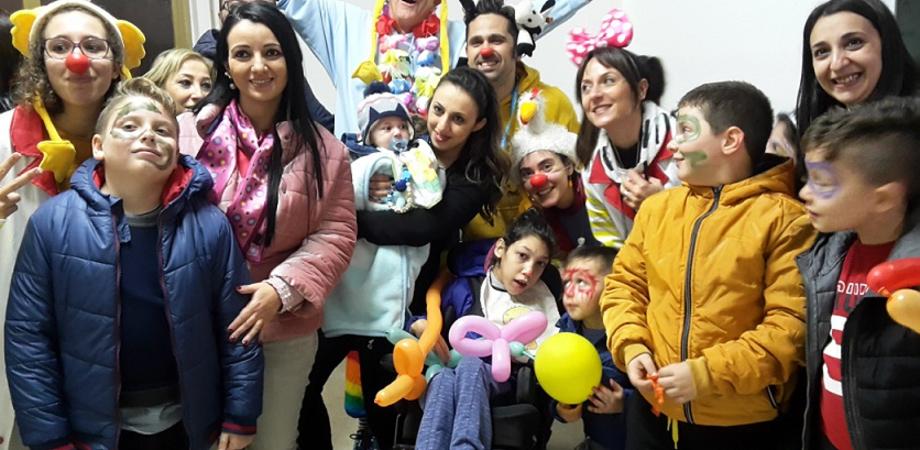 A Riesi giornata dedicata ai bimbi e ai disabili animata dai clown dell'associazione Vip