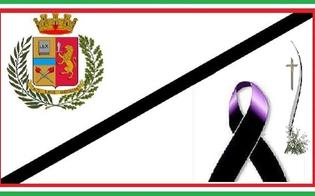 http://www.seguonews.it/poliziotto-si-toglie-la-vita-il-silp-caltanissetta-una-nuova-tragedia-segno-di-un-malessere-che-va-intercettato