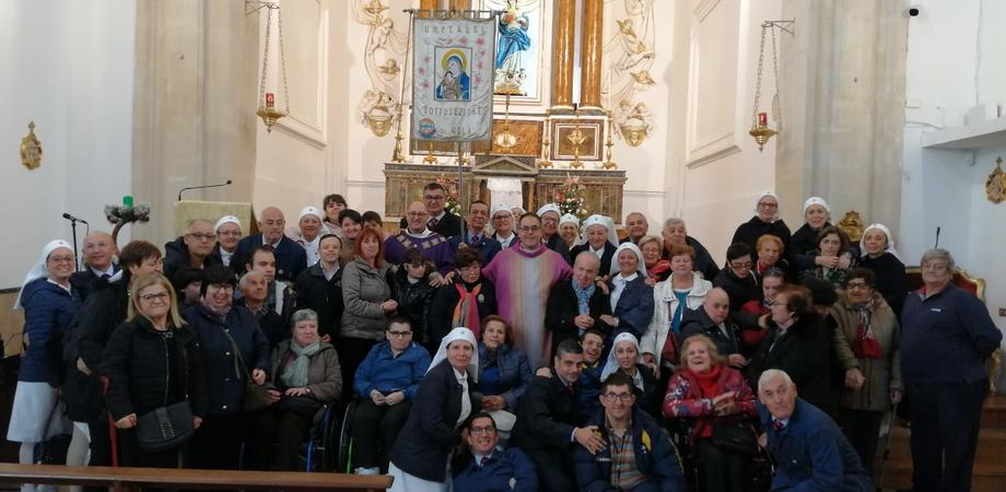 Gela, i volontari dell'Unitalsi rinnovano la promessa ai piedi della Madonna Immacolata