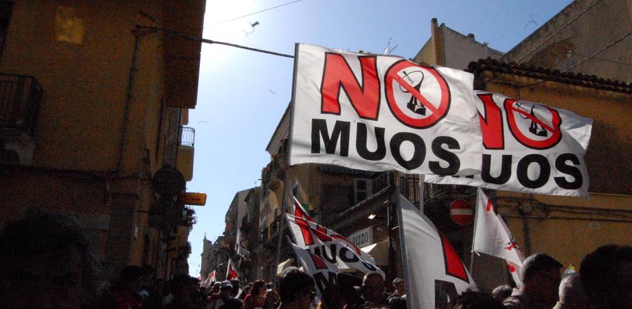 """""""Muos: violazioni ambientali e possibili azioni legali"""". L'incontro al Museo Civico di Niscemi"""