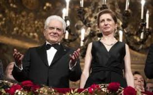 http://www.seguonews.it/prima-della-scala-ovazione-per-il-presidente-mattarella-e-per-la-senatrice-segre-per-il-capo-dello-stato-quattro-minuti-di-applausi