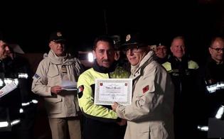 http://www.seguonews.it/terremoto-anche-un-vigile-del-fuoco-nisseno-in-albania-momenti-drammatici-ma-la-gente-ci-ha-accolto-con-grande-affetto