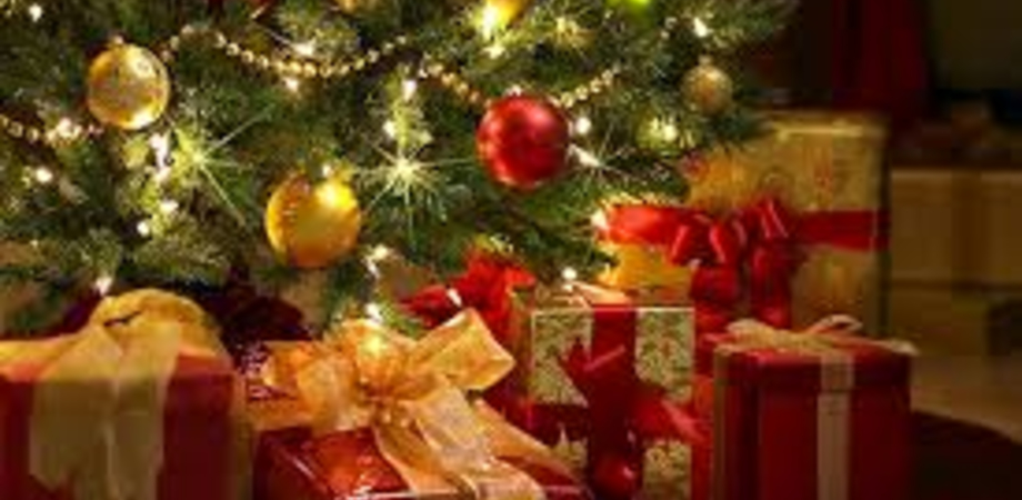 Anche a Natale la famiglia al primo posto. Gli uomini pensano al partner, le mamme ai figli