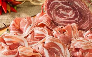 http://www.seguonews.it/allarme-degli-esperti-di-nutrizione-pancetta-piu-salata-dellacqua-di-mare-il-bacon-assolutamente-bandito-dalle-tavole