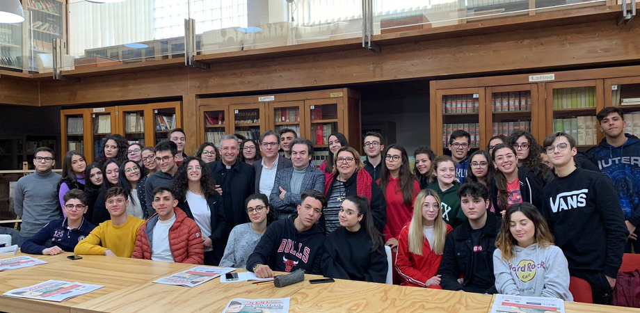 """Al via al liceo classico """"Eschilo"""" di Gela il progetto Didaskaleion: è dedicato alle fake news"""