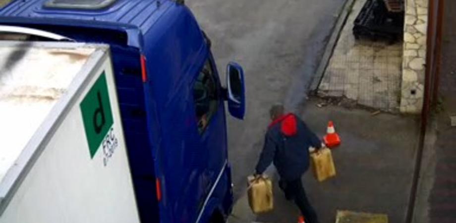 Rubava carburante dai tir e poi li rivendeva ad un gruppo di camionisti: un arresto e 43 indagati nell'ennese