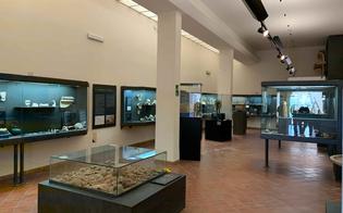 http://www.seguonews.it/gela-domani-riapre-il-museo-archeologico-era-stato-chiuso-ad-agosto-per-il-crollo-di-un-contro-soffitto