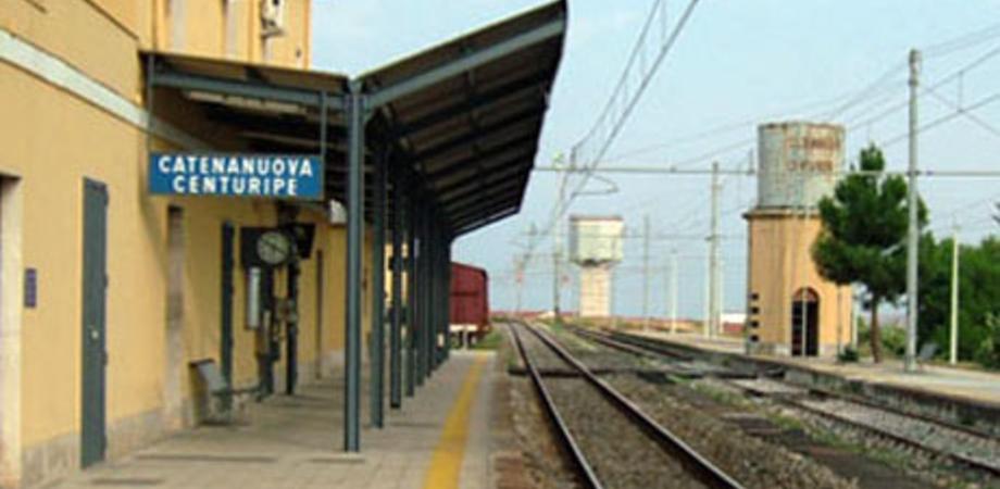 """Stazioni ferroviarie chiuse, M5S: """"Un tesoretto da 10mila mq che Comuni e associazioni potrebbero utilizzare"""""""