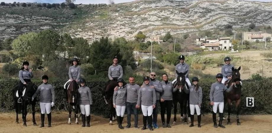 San Cataldo, operatore tecnico di equitazione: altri otto abilitati per l'associazione del Cavallo 2