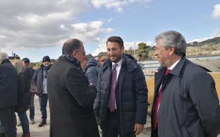http://www.seguonews.it/cancelleri-a-caltanissetta-questo-governo-durera-tre-anni-le-concessioni-vanno-revocate