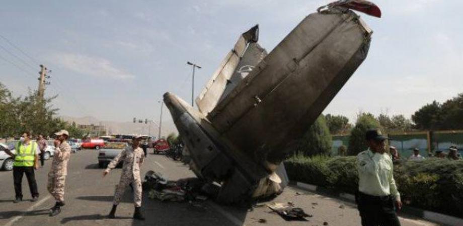"""I media Usa: """"Due missili contro l'aereo ucraino caduto in Iran"""""""