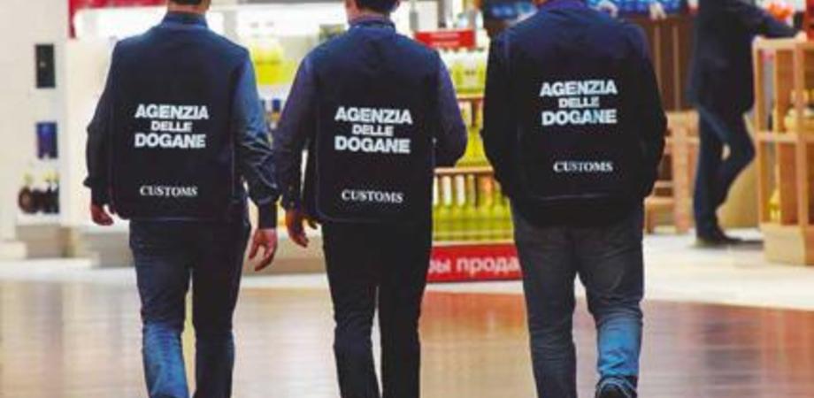 Tagli, carenza di personale e problemi organizzativi: protestano i dipendenti delle dogane di Caltanissetta e Agrigento