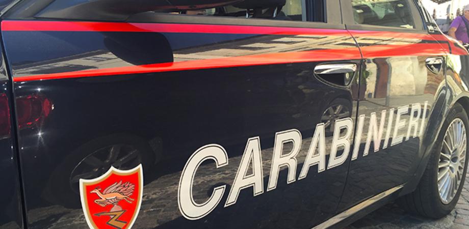 """Telecamera nascosta per """"spiare"""" le clienti del B&B: a Lascari denunciato un albergatore"""