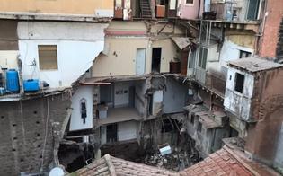 Un forte boato e poi il crollo, cade una palazzina: evacuate nella notte sette famiglie