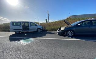http://www.seguonews.it/scontro-tra-tre-auto-sulla-gela-catania-tre-feriti-il-piu-grave-trasportato-in-elisoccorso-a-caltanissetta