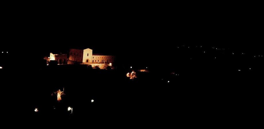 """Leandro Janni: """"Pietrarossa, un castello fantasma nel buio della notte. Nessuna luce ad illuminarlo"""""""