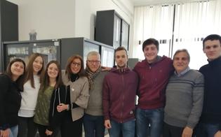 http://www.seguonews.it/caltanissetta-memorial-nuccia-grosso-gli-studenti-processano-il-creatore-di-facebook