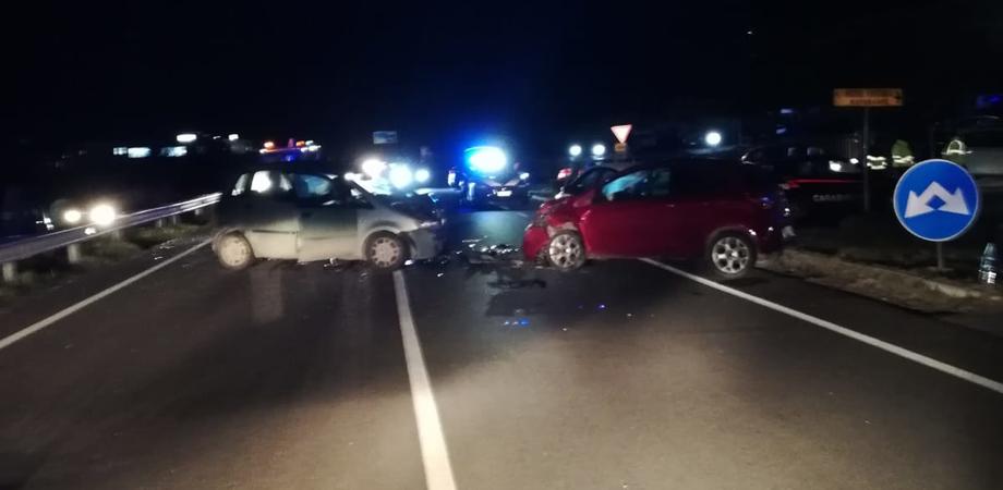 Caltanissetta, incidente nei pressi dell'Hotel Ventura: quattro feriti trasportati al Sant'Elia