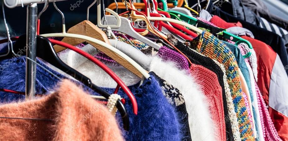 A San Cataldo aperto il negozio della solidarietà: abbigliamento e scarpe gratis per i più bisognosi